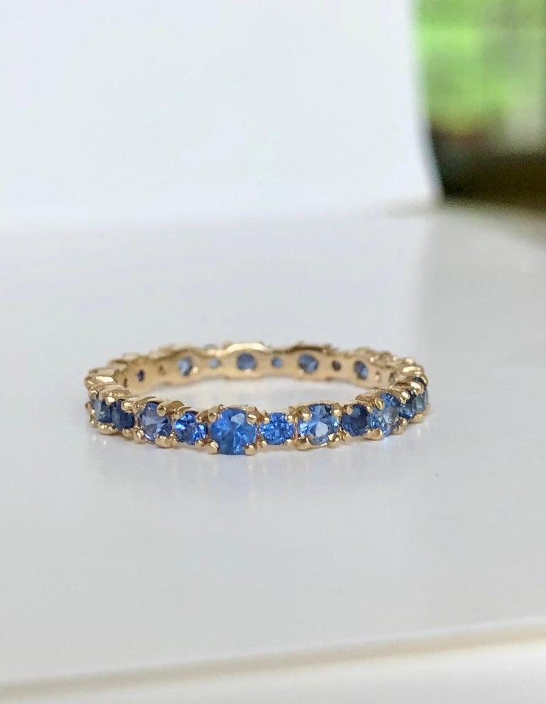2.10 Carat Ceylon Sapphire Engagement Eternity Wedding Band Ring Gold For Sale 2