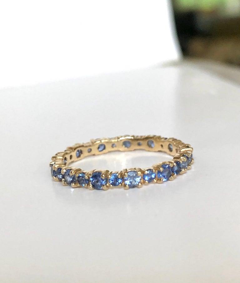 2.10 Carat Ceylon Sapphire Engagement Eternity Wedding Band Ring Gold For Sale 3