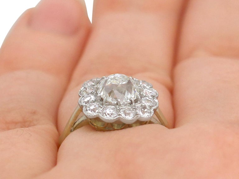 2.12 Carat Diamond and Yellow Gold Cluster Ring For Sale 3