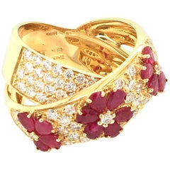 2.12 Ruby and 2.10 Carat Diamonds Cocktail Yellow Gold Ring Italy with box