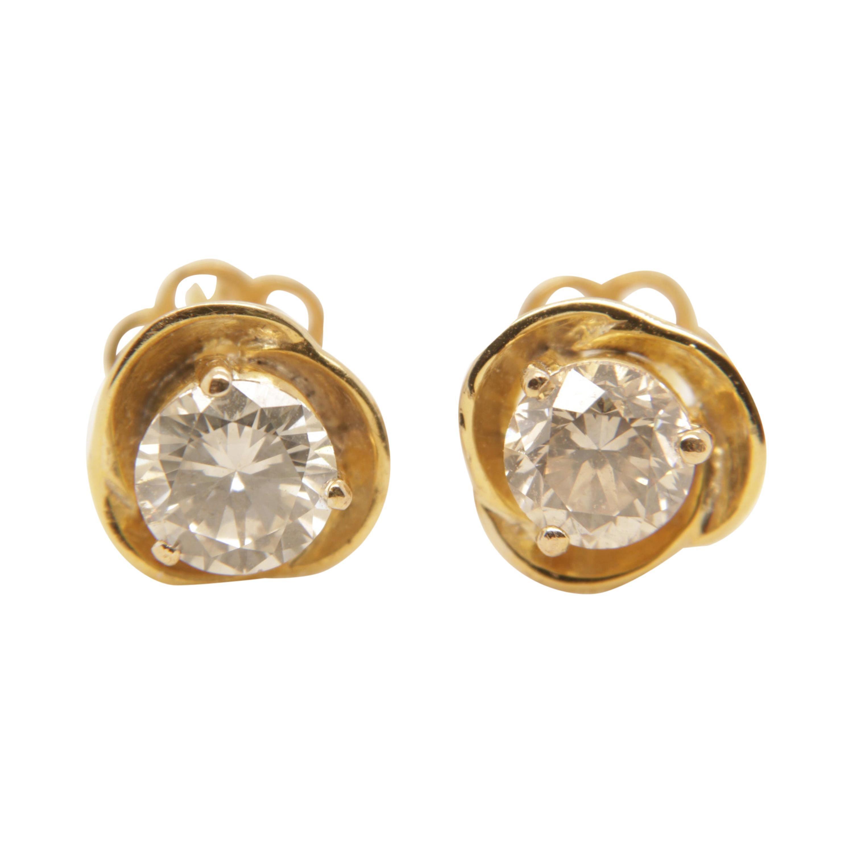 2.14 Carat Diamond Earring in 18 Karat Gold