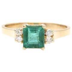 2.15 Carat Natural Emerald and Diamond 14 Karat Solid Yellow Gold Ring