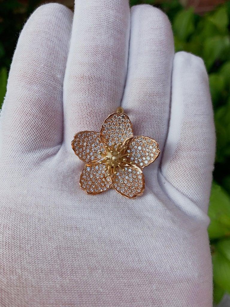 Women's or Men's Cherry Blossom Pendant with 2.20ct Pavé Set Diamonds 20kt Rose Gold For Sale