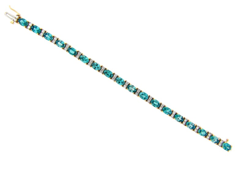 Women's 21.50 Carat Blue Zircon and Diamond Bracelet For Sale