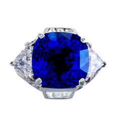 21.53 Carat GIA Certified Non Heated Blue Sapphire Platinum Engagement Ring