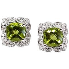 2.18 Carat Peridot Diamond Antique Style Clover Floret Stud Earrings 14 Karat