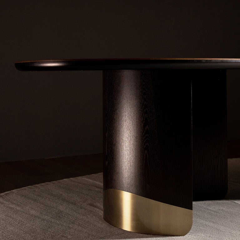 21st Century Armona 10-Seat Dining Table Wood Oxidized Brass Black Tobacco For Sale 11