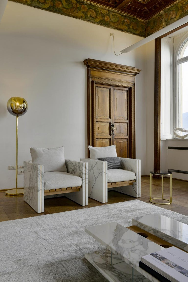 Carrara Marble 21st Century Bettogli White Statuario Marble Armchair with Armrests and Cushion For Sale