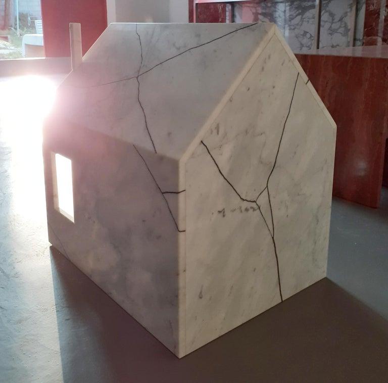 Italian 21st Century by Feix & Merlin Reclaimed White Marble Dog House Kintsugi Brass For Sale