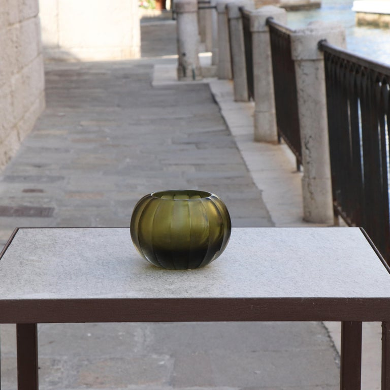 21st Century by Micheluzzi Glass Bocia Olive Green Vase Handmade Murano Glass In New Condition For Sale In Venice, IT