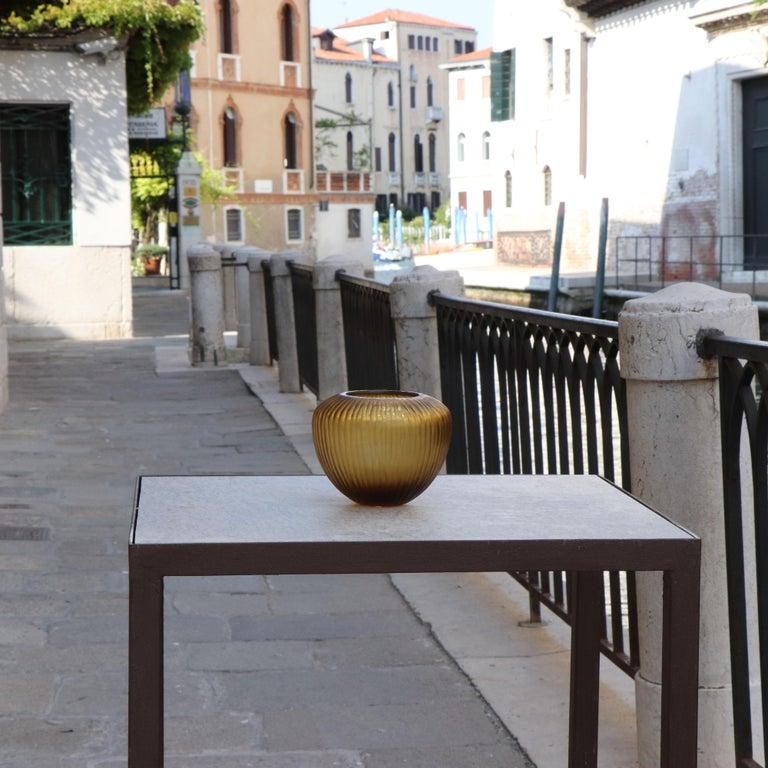 21st Century by Micheluzzi Glass Goccia Honey Vase Handmade Murano Glass In New Condition For Sale In Venice, IT