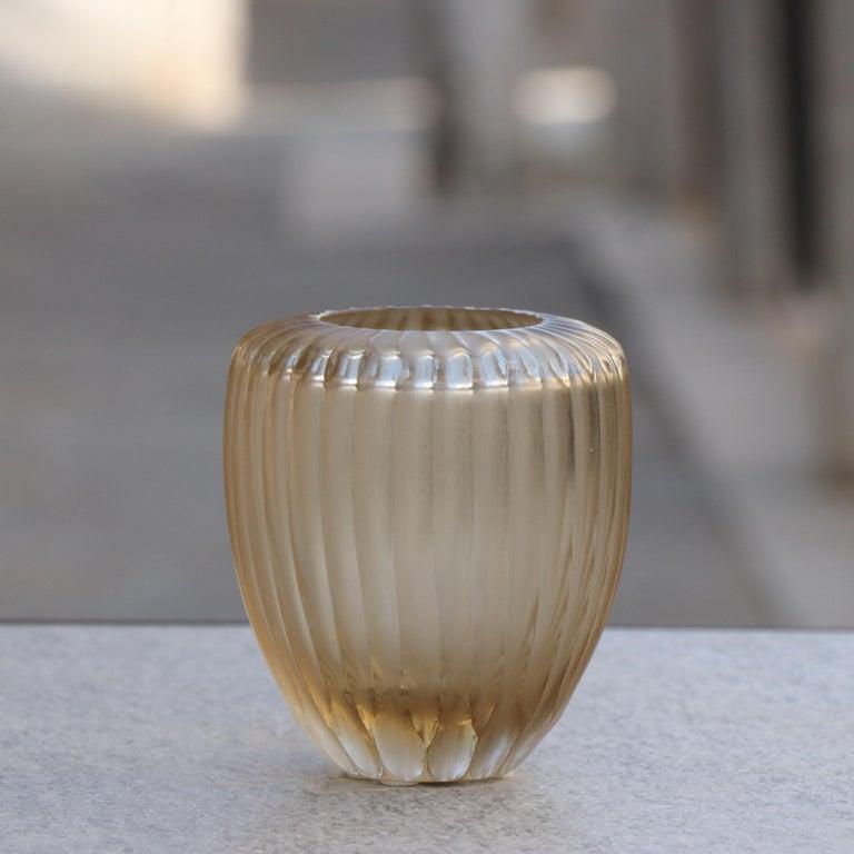 Modern 21st Century by Micheluzzi Glass Goccia Pale Gold Vase Handmade Murano Glass For Sale