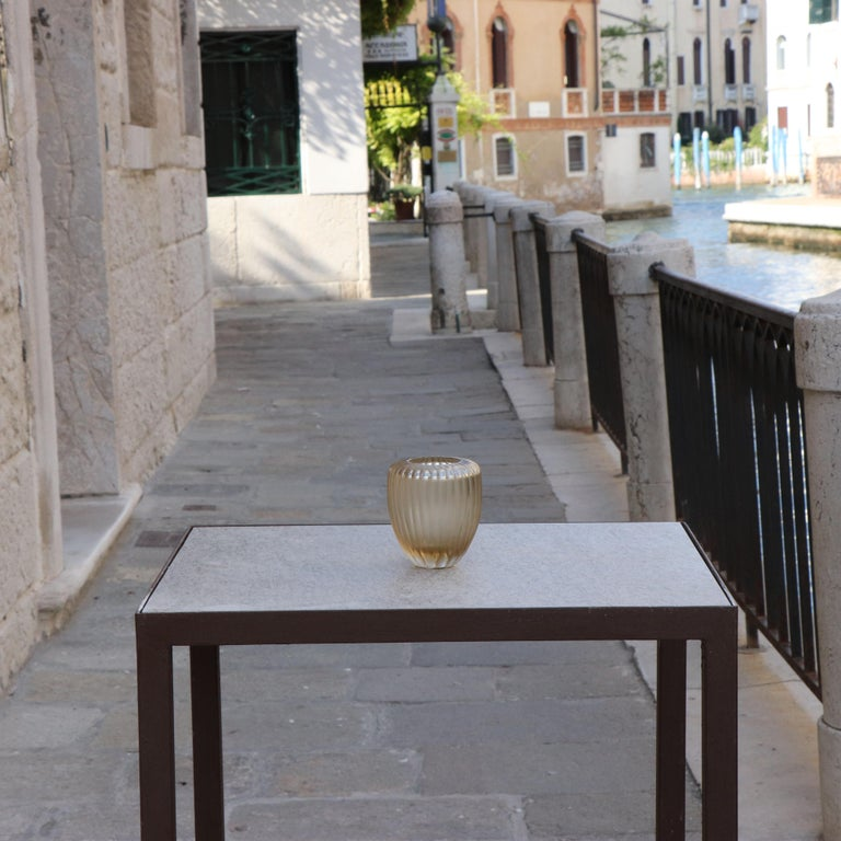 21st Century by Micheluzzi Glass Goccia Pale Gold Vase Handmade Murano Glass In New Condition For Sale In Venice, IT