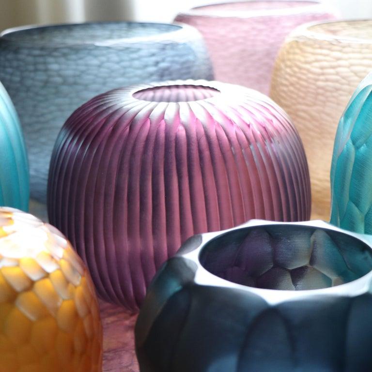 Hand-Crafted 21st Century by Micheluzzi Glass Riccio Amethyst Vase Handmade Murano Glass For Sale