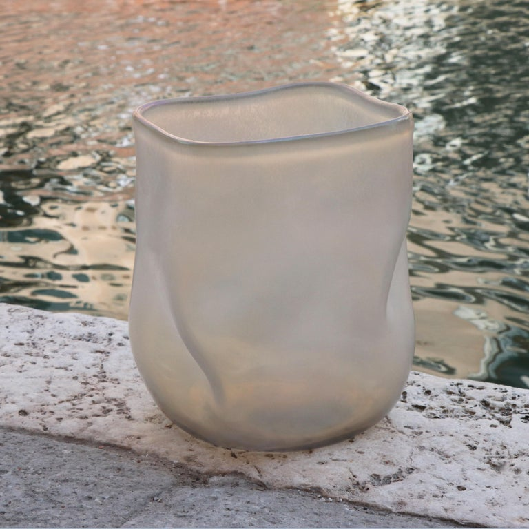 Modern 21st Century by Micheluzzi Glass Sacco Pale Gold Vase Handmade Murano Glass For Sale