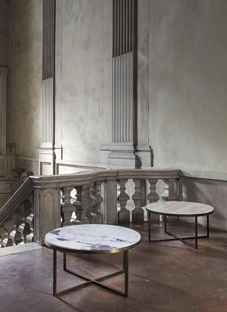 21st Century by Pelizzari Studio Travertino Coffee Table Natural Black Iron Legs In New Condition For Sale In Brescia, IT