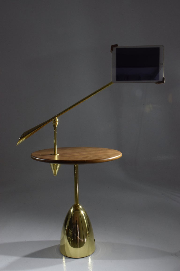21st Century Contemporary Charging Table with Smartphone or Tablet Holder For Sale 1