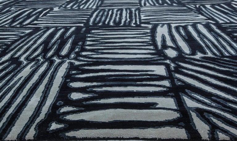 21st Century Ecriture Black & White Handmade Silk & Wool Rug Size: 12'10