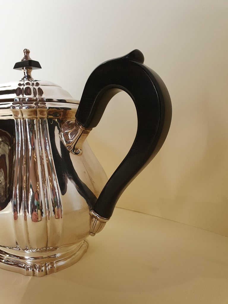 21st Century Georgian Style Sterling Silver Coffee and Tea Set, Italy, 2006 For Sale 7
