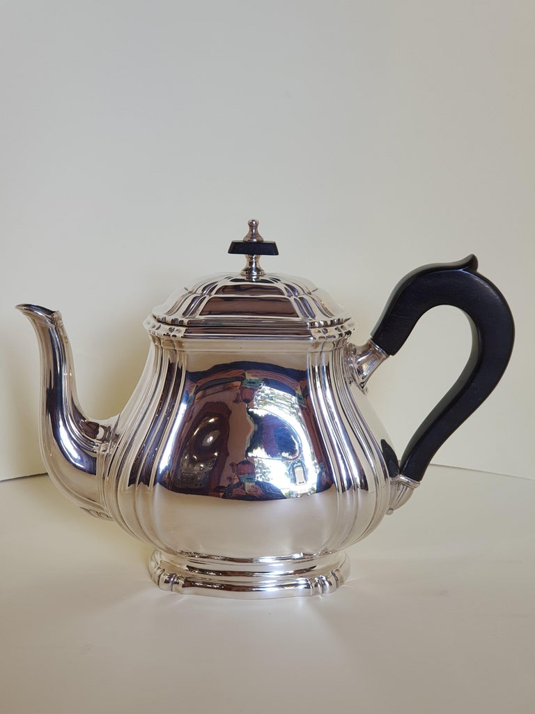 Italian 21st Century Georgian Style Sterling Silver Coffee and Tea Set, Italy, 2006 For Sale