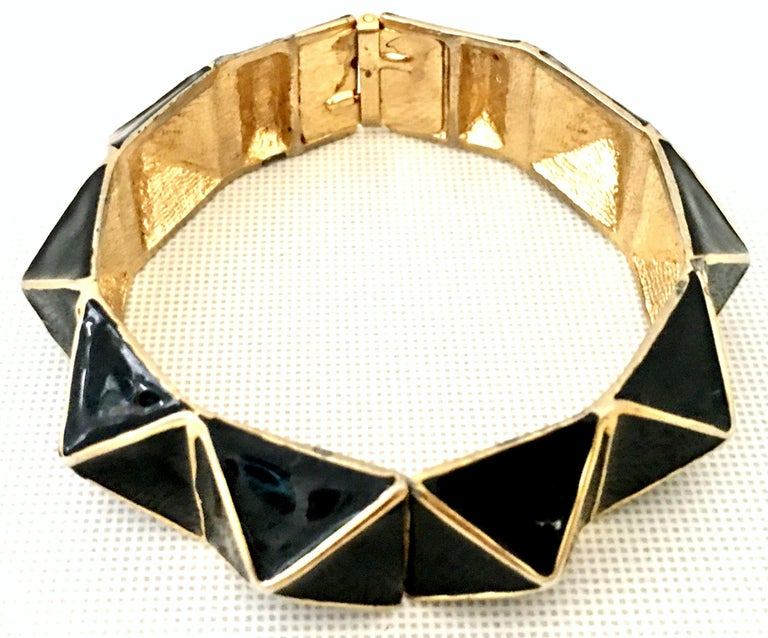 21st Century Gold & Enamel Clamper Bangle Bracelet By, Kenneth Lane In Good Condition For Sale In West Palm Beach, FL