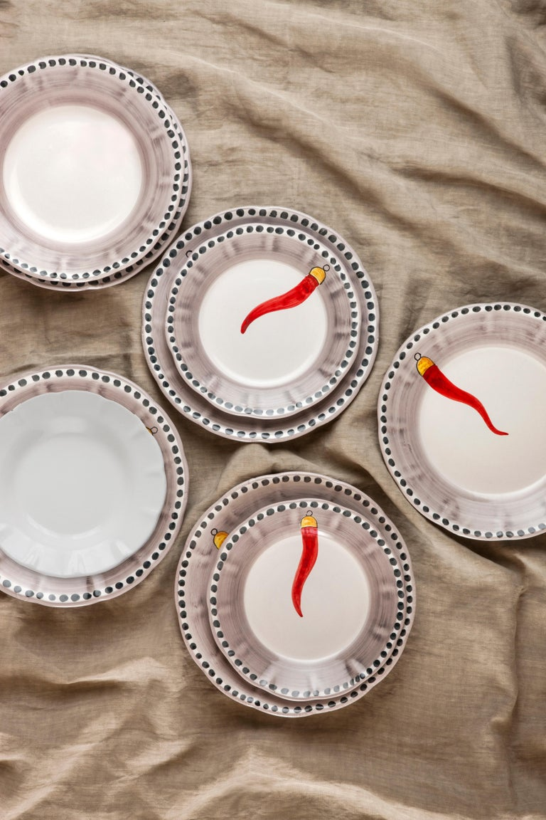 Hand-Painted 21st Century Hand Painted Ceramic 6 Dinner Plates in Red and White Handmade For Sale