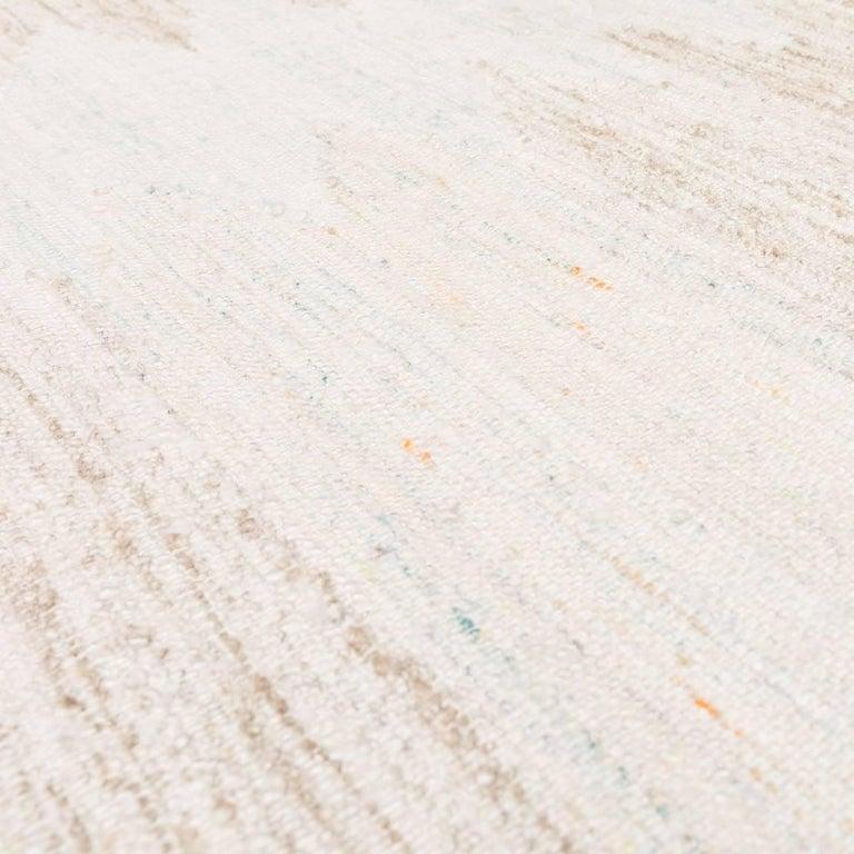 21st Century Handmade Flat-Weave Rug Scandinavian Design over Beige and Pink For Sale 2