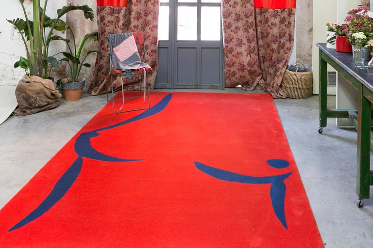 Modern 21st Century Handtufted Wool Rug Carpet made in Spain Red and Blue Coco Davez For Sale