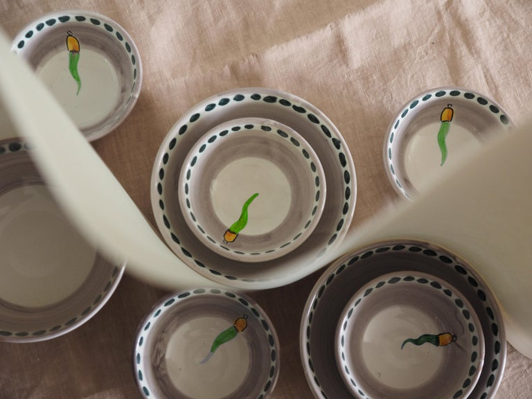 21st Century Large Hand Painted Ceramic Bowl in Green and White Handmade In New Condition For Sale In Milan, IT