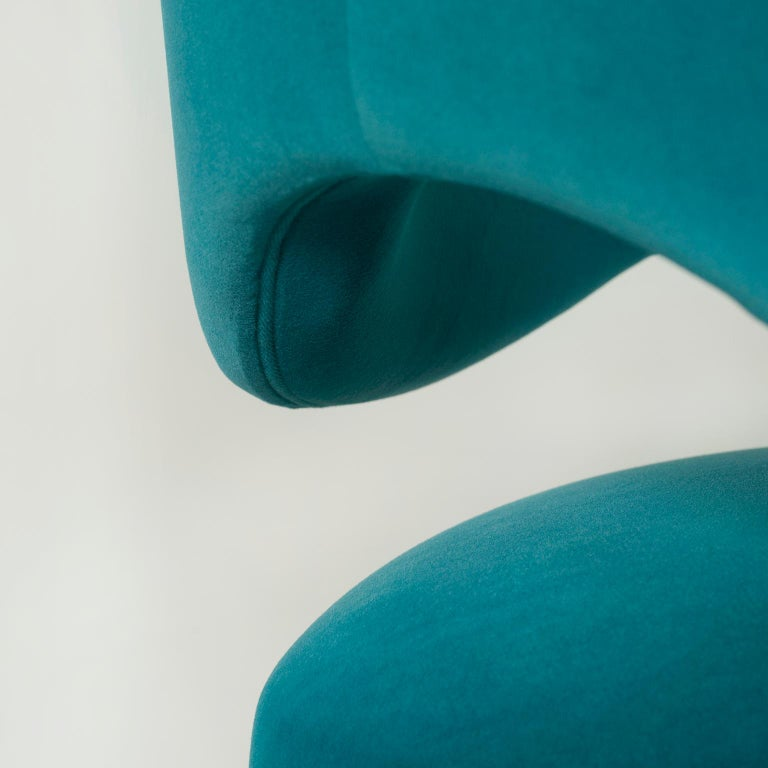 Hand-Crafted Laurence Bar Chair with Armrests Wood Turquoise Textured Fabric Stainless Steel For Sale