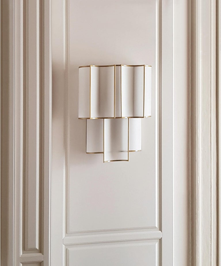 Art Deco 21st Century Maxi Shade Wall Lamp by Officina Luce Gray Linen and Brass Shades For Sale