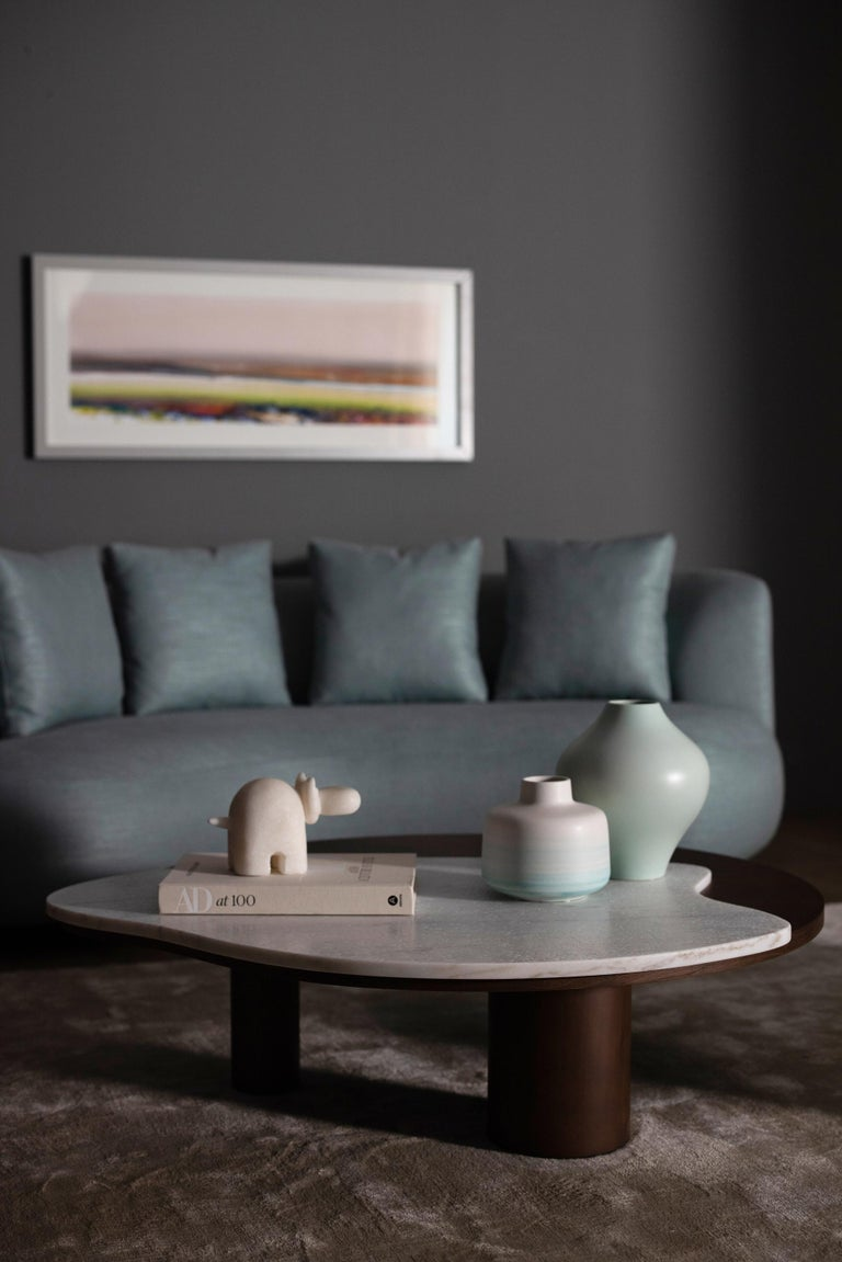 21st century contemporary modern bordeira coffee table calacatta bianco handcraftedin Portugal - Europe by Greenapple.   Bordeira coffee table materials Top in American oak veneer, open-pore tobacco stained with eggshell finish. Inlay detail in