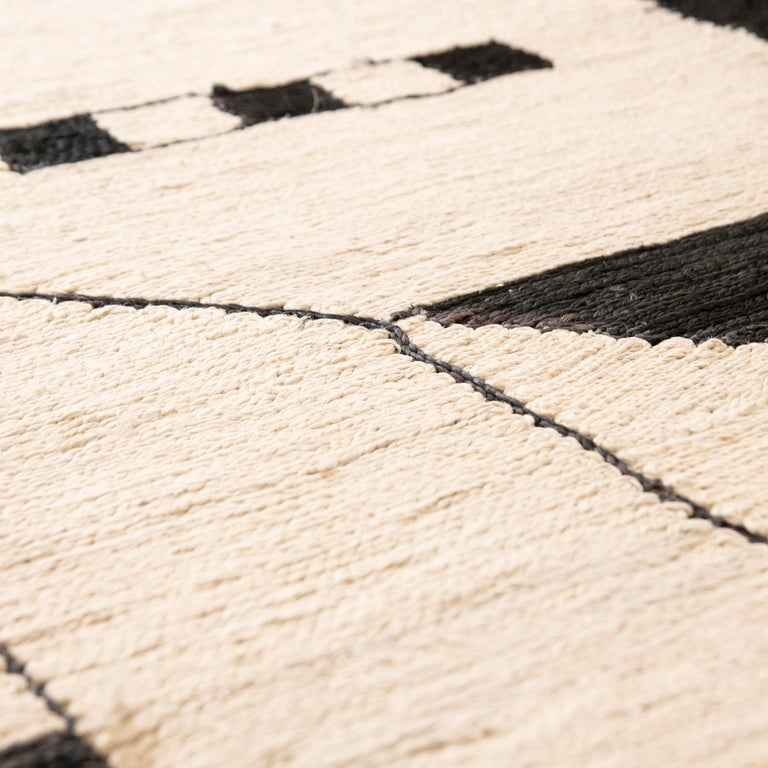This jute rug has been ethically hand woven in the finest jute yarns by artisans in Northern India, using a traditional weaving technique of this area. Each rug is handwoven with irregular details to create beautiful imperfections that make each
