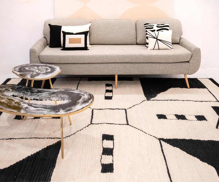 Indian 21st Century Modern Jute Carpet Rug by Kilombo Home in Black & Ivory For Sale