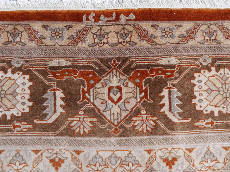 21st Century Modern Luxury Indian Rug with Herz Design Centemporary Colors For Sale 4
