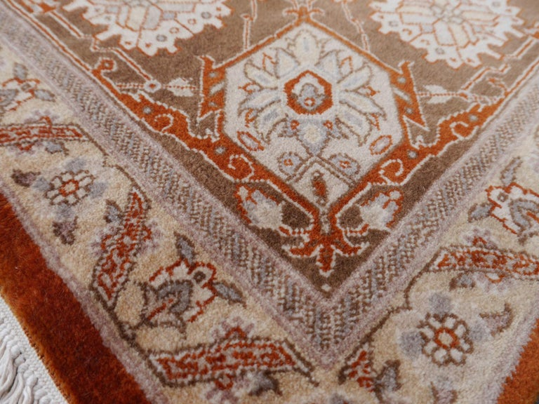 21st Century Modern Luxury Indian Rug with Herz Design Centemporary Colors For Sale 2