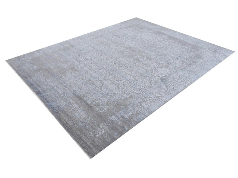21st Century Modern Luxury Rug Wool Bamboo Silk Hand Knotted Blue Grey For Sale 12