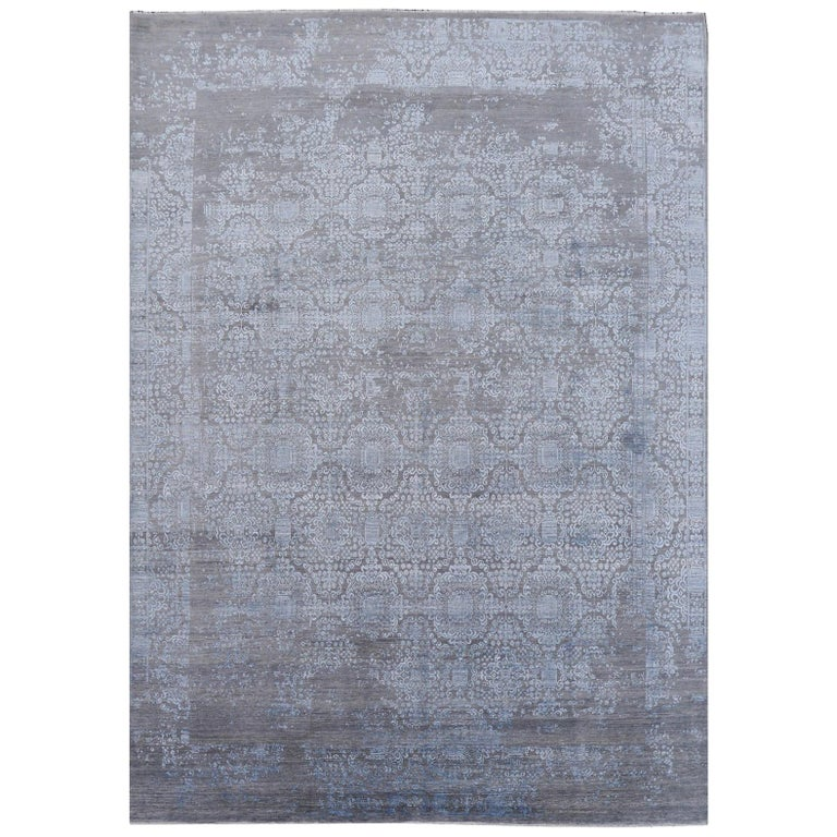 21st Century Modern Luxury Rug Wool Bamboo Silk Hand Knotted Blue Grey For Sale