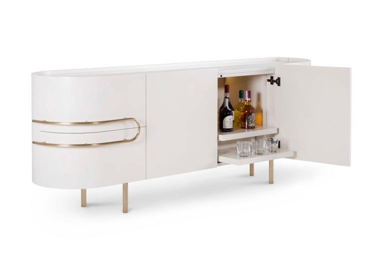 21stcentury contemporary modern olival satin beige sideboard with Calacattabianco top and oxidised brass details handcrafted in Portugal - Europe by Greenapple.  Olival sideboard materials Wooden sideboard lacquered in satin beige. Top in