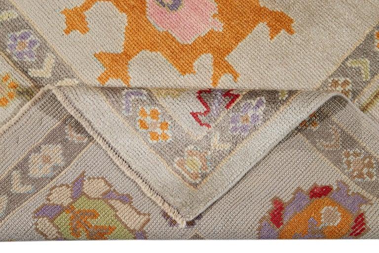 21st Century Modern Oushak Wool Rug For Sale 6