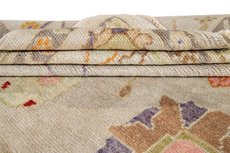 Turkish 21st Century Modern Oushak Wool Rug For Sale