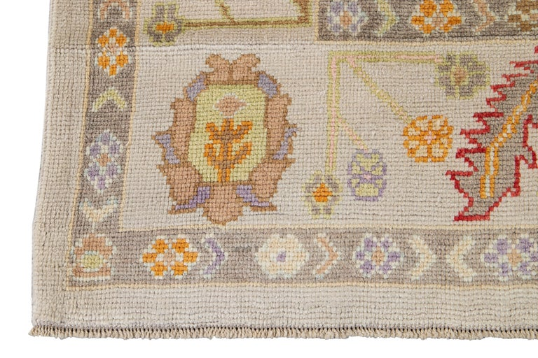 Hand-Knotted 21st Century Modern Oushak Wool Rug For Sale
