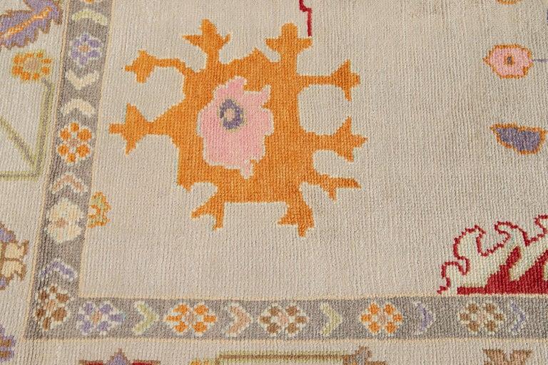 21st Century Modern Oushak Wool Rug For Sale 3
