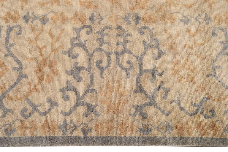 21st Century Modern Spanish Sino Oversize Wool Rug In New Condition For Sale In Norwalk, CT