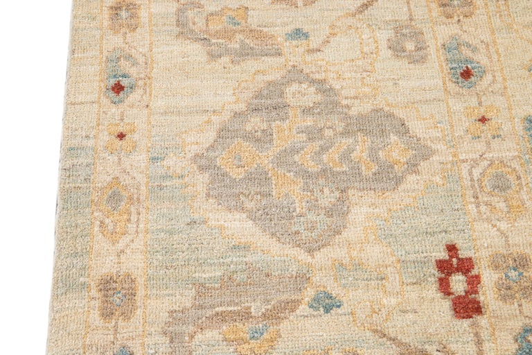21st Century Modern Sultanabad Oversize Wool Rug For Sale 6