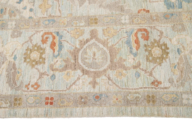 21st Century Modern Sultanabad Oversize Wool Rug In New Condition For Sale In Norwalk, CT