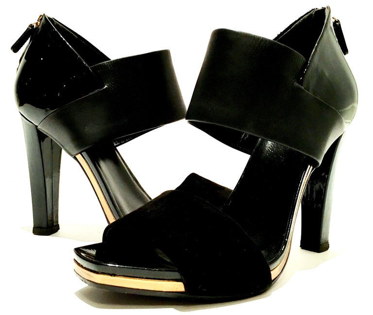 21st Century & New Italian Leather Platform Sandals By, Gucci In Excellent Condition In West Palm Beach, FL