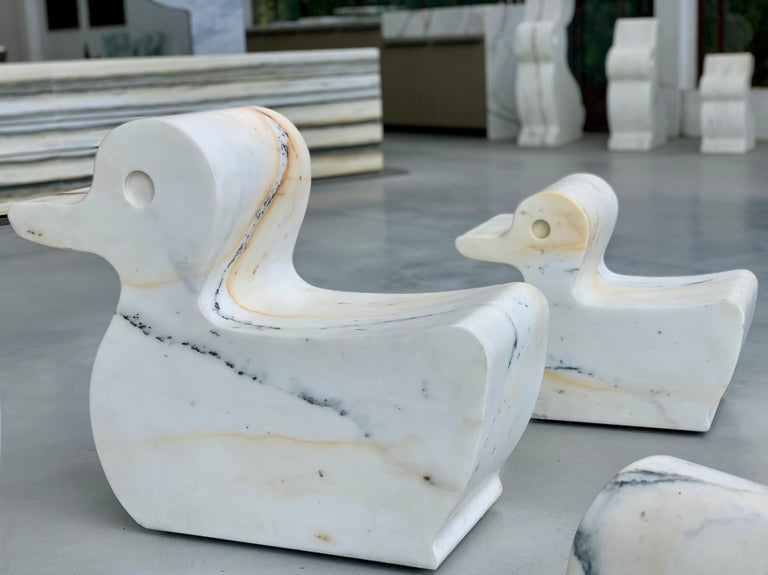 21st Century Paonazzo Carrara Marble Animal Collection Duck Statue In New Condition For Sale In Carrara, IT