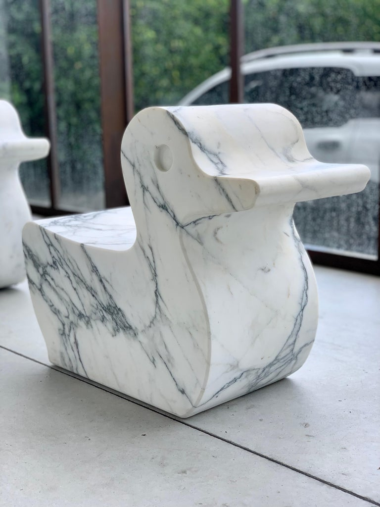 Contemporary 21st Century Paonazzo Carrara Marble Animal Collection Duck Statue For Sale