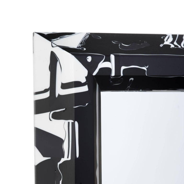 21st Century Resin Black Magic Mirror In New Condition For Sale In Los Angeles, CA